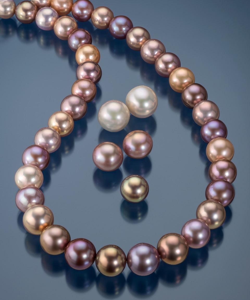 Freshwater-cultured-metallic-pearls.jpg